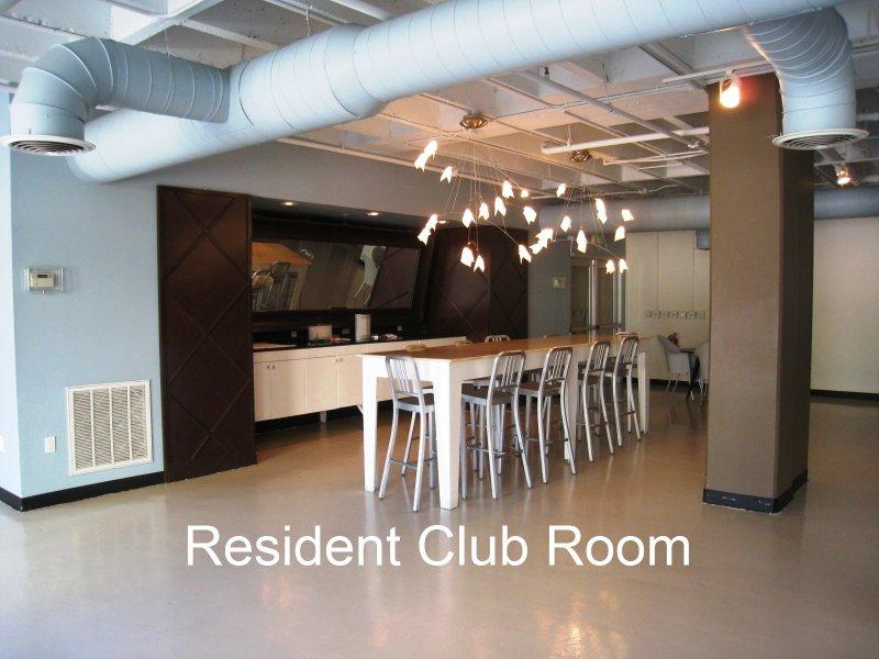 805 Peachtree Condominiums ClubRoom