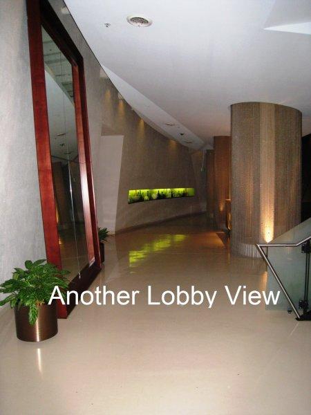 805 Peachtree Condominiums Lobby