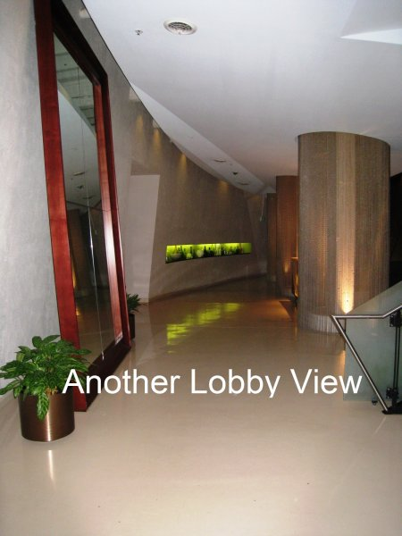 805 Peachtree Condominiums Lobby