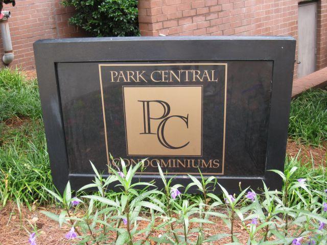 park-central-signrz_0