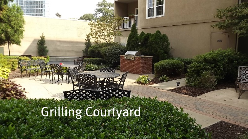 peachtree-walk-grilling-courtyard