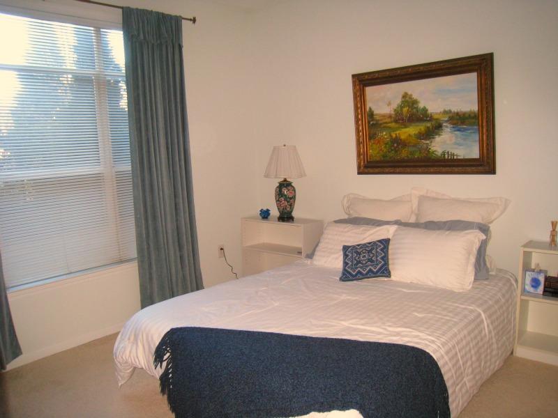 tuscany-condominiums-bedroom