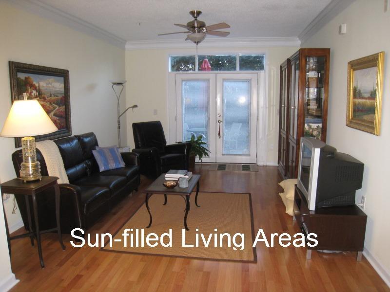 tuscany-condominiums-living-room