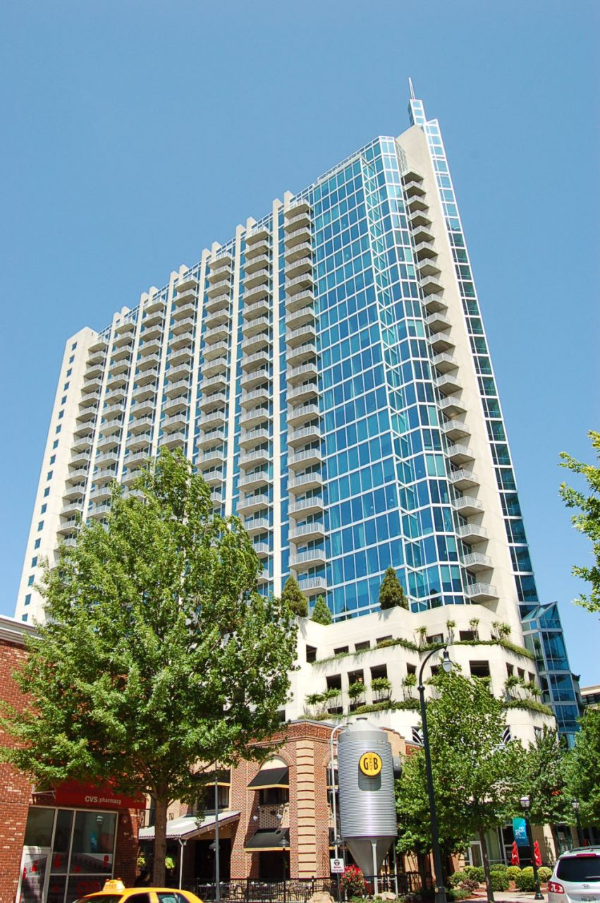 Tuscany Place Apartments